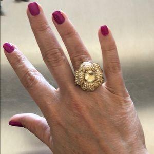 Stella & Dot Gold Flower Ring